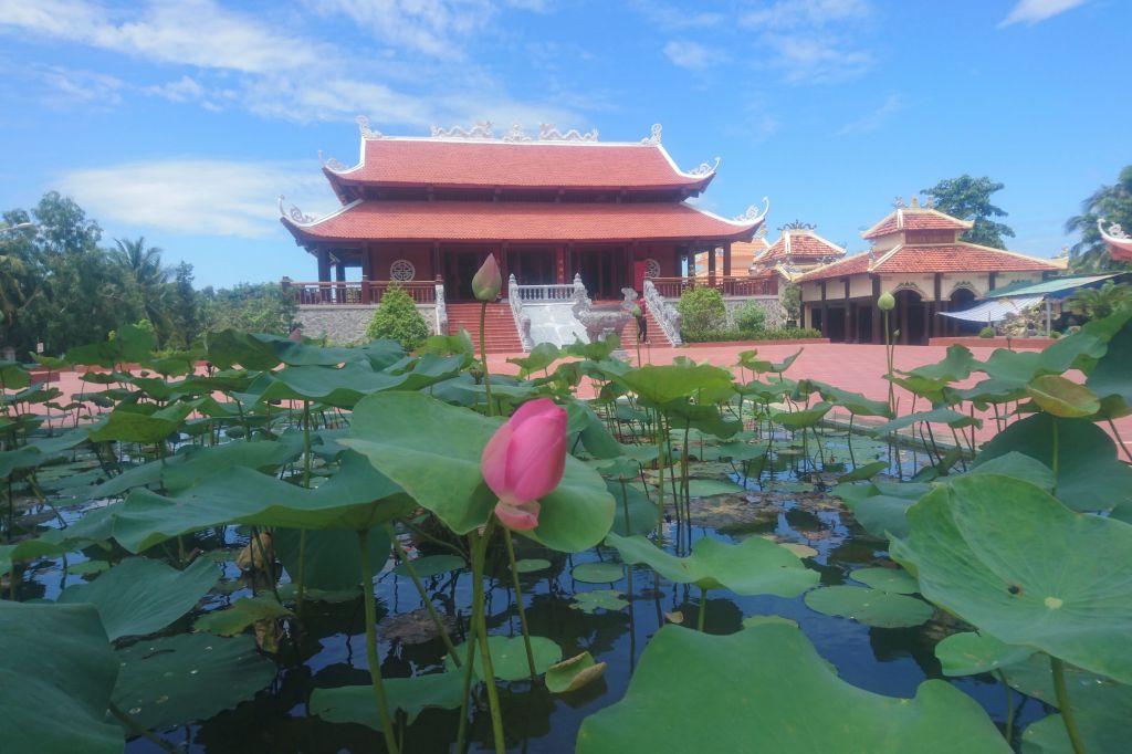 Đình thần Nguyễn Trung Trực