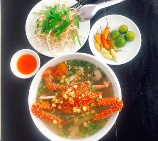Bánh canh Ghẹ Huỳnh Như