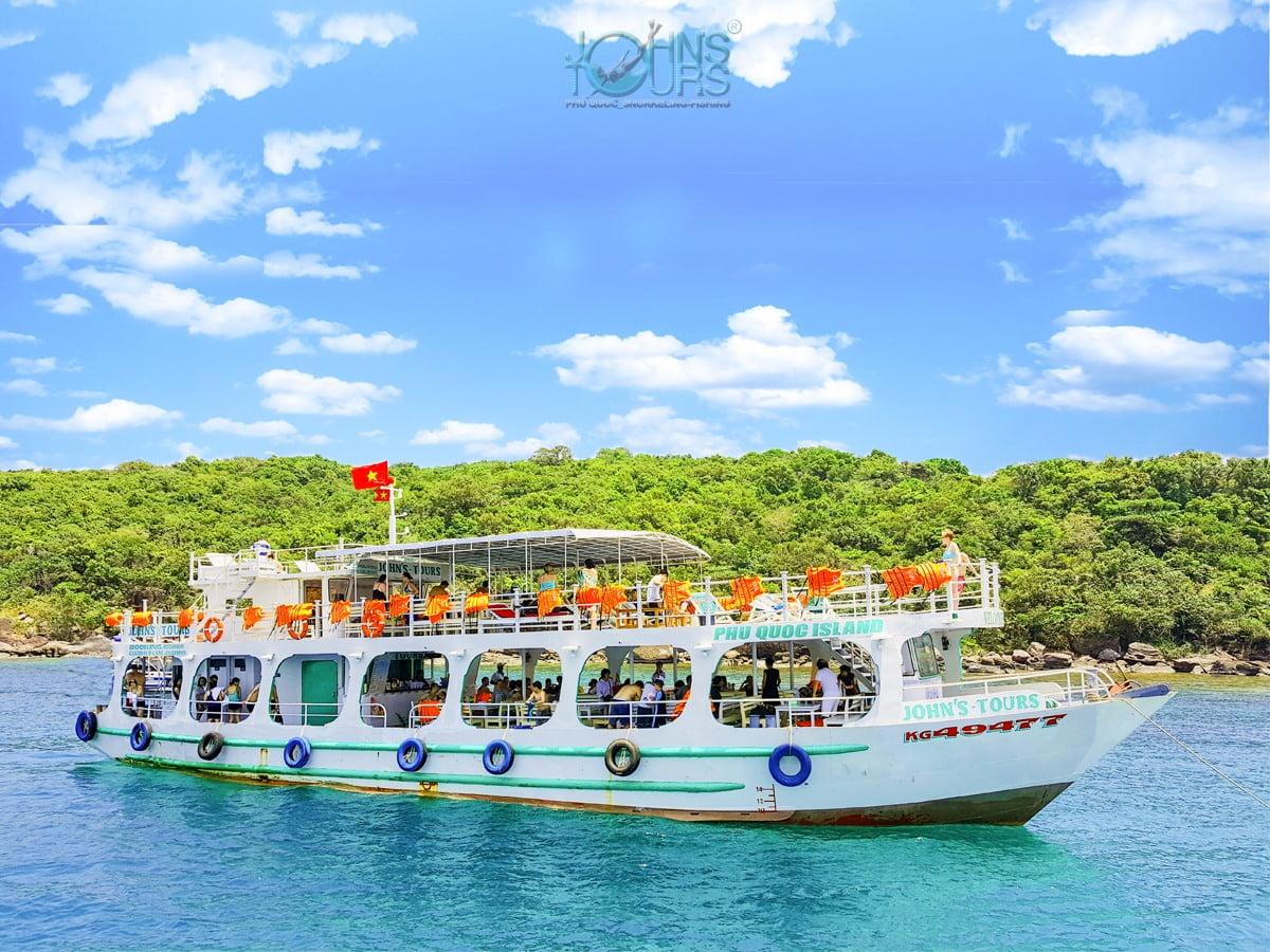 Tour 4 đảo bằng tàu gỗ & Cáp treo + Công viên nước Aquatopia